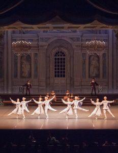 記念公演「白鳥の湖」が2014名古屋市民芸術祭賞(舞踊部門)受賞14k_3753